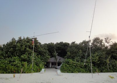 shack, 50 and 144 MHz antennas