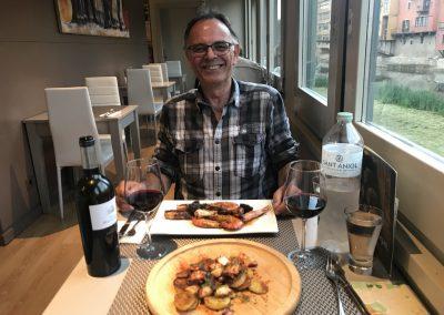 Sam at dinner... bon appetit!