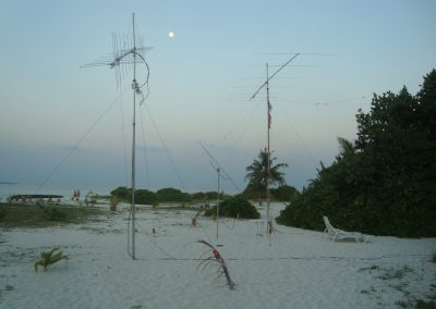 144, 1296 (59el yagi 80W) and 50 MHz antennas